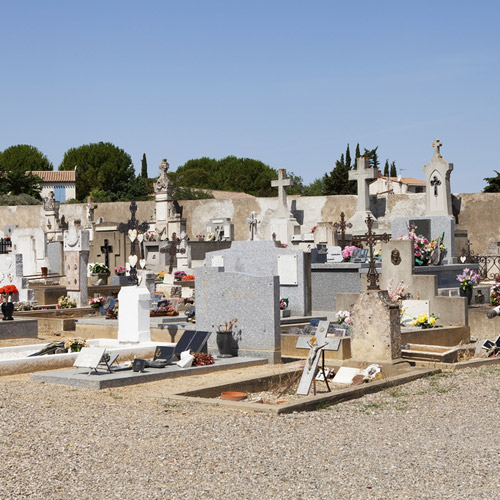 monuments-funeraires-cimetiere